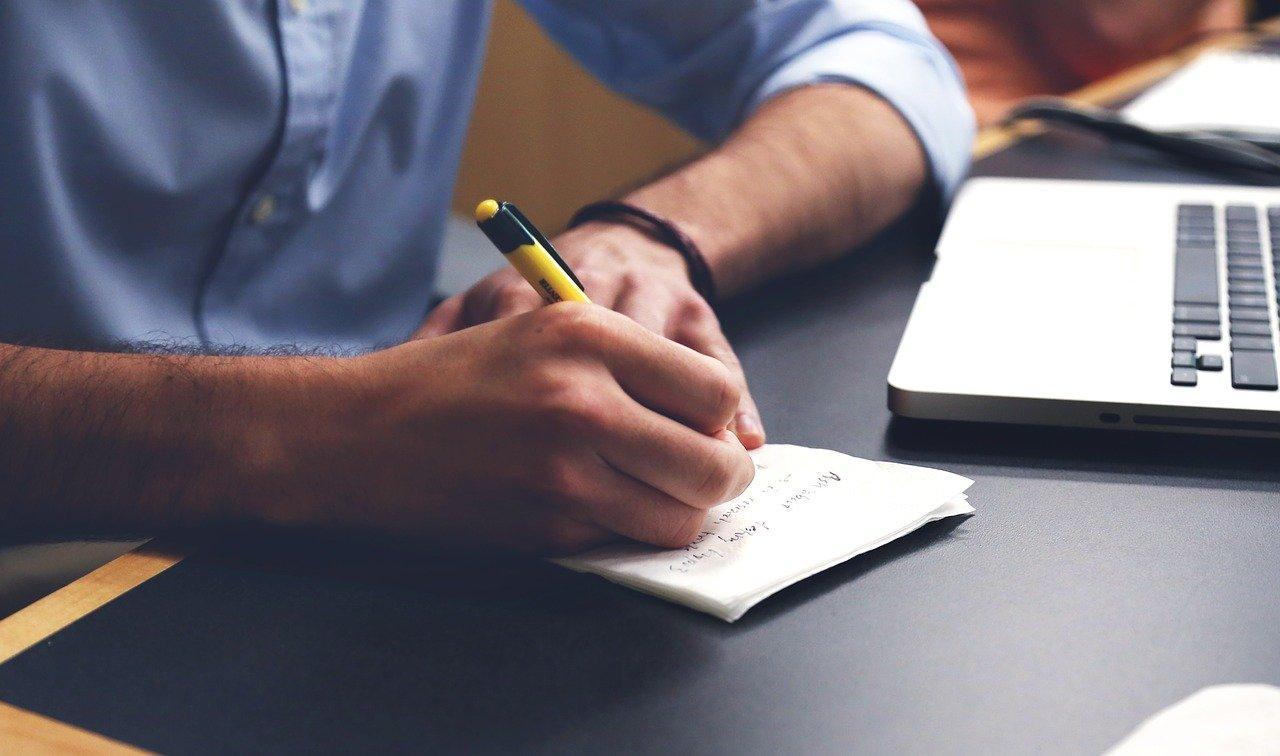 Anda Bisa Coba Beberapa Tips Ini Untuk Menulis Artikel Yang Menarik